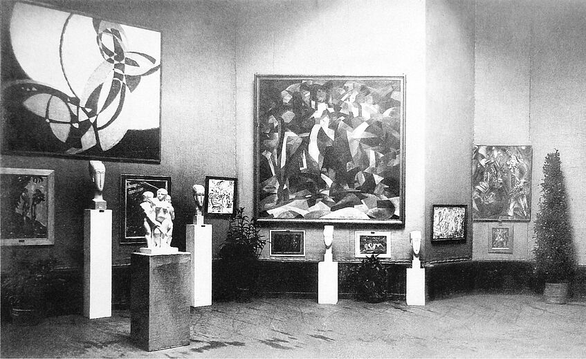 Image Caption: Exhibition view, Salon d'Automne 1912, Paris, with works by Kupka (left) and Picabia (middle)